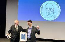 Peter Singer Prize for Mahi Klosterhalfen